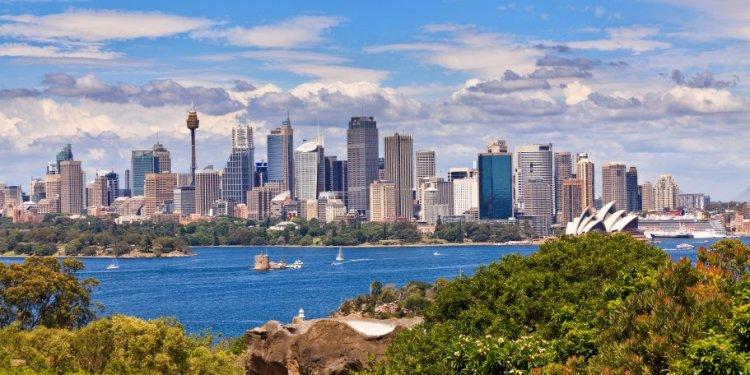Averages for Sydney in July